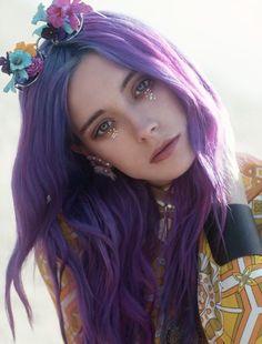 Purple Hair I wish I could do this with my hair! Dye My Hair, Your Hair, Coloured Hair, Rainbow Hair, Crazy Hair, Purple Hair, Violet Hair, Purple Lilac, Purple Pixie