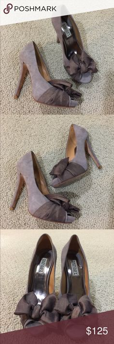 Badgley Mischka brown suede leather bow heels 7 Very gently worn , bow detail , suede leather , size 7 , heels almost 5 inches Badgley Mischka Shoes Heels