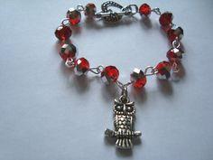 Owl jewelry red metallic gray beads and owl charm by BiancasArt Owl Jewelry, Unique Jewelry, Owl Charms, Metallic, Charmed, Beads, Gray, Trending Outfits, Bracelets