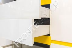 #Furniture #MadeToMeasure #ModernKitchen #InteriorDesign #FronteDesign Walnut Kitchen, Interior Design, Furniture, Home Decor, Nest Design, Hickory Kitchen, Decoration Home, Home Interior Design, Room Decor