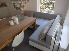 Kitchen Island Table, Sofa, Couch, Back Gardens, Garden Planning, Floor Chair, Kitchen Design, Kitchen Ideas, Interior And Exterior