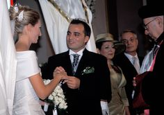 Traditional Jewish wedding Istanbul Turkey, with the bride and groom exchanging rings wedding photography.