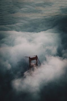 aerial view of the golden gate bridge + fog Ponte Golden Gate, Golden Gate Bridge, Beautiful Buildings, Beautiful Places, Simply Beautiful, Believe In Magic, Perfect World, Imagines, Aerial View