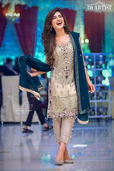 Wedding party dress in dark green and offwhite gray color Model 540 – Nameera by Farooq Pakistani Fancy Dresses, Fancy Wedding Dresses, Pakistani Fashion Party Wear, Pakistani Wedding Outfits, Pakistani Dress Design, Party Wear Dresses, Bridal Outfits, Indian Dresses, Party Dress