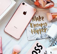 The difference between ordinary and extraordinary is that little extra. Be extra today. Grana Extra, Instagram Feed, Instagram Posts, Cute Phone Cases, Be Your Own Boss, App, Iphone, How To Make, Tecnologia