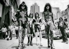 Kiss in 1976. Always inconspicuous.