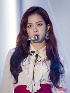 BLACKPINK || Jisoo ('PLAYING WITH FIRE' @ 2016 Melon Music  Awards)