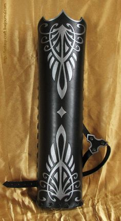 Nice pattern - Númenórean quiver. Númenóreans were the Men of Númenor, descendants of the Edain of the First Age, who were granted the island of Elenna as a dwelling place. They turned against the Valar, and their island home was destroyed in the last years of the Second Age.