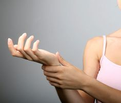 How to Exercise When You're Hurting // carpal tunnel syndrome wrist pain injury exercise rehab picture c Thinkstock