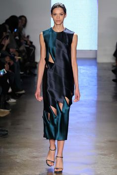 Dion Lee - Fall 2015 Ready-to-Wear . The dress shape is sad, but the fabric draping and cut is amazing. So it goes on my art board.