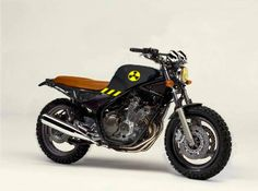 Yamaha XJ 600 street tracker scrambler