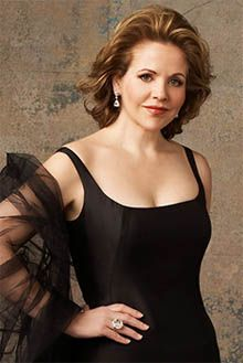 Another one of my favorite Divas of ALL time. Renee Fleming.  Her voice is gorgeous.