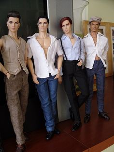 Fashion Dolls ◉◡◉ Zippertravel.com Digital Edition