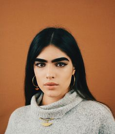 Natalia Castellar Wishes She Embraced Her Eyebrows Sooner Natalia Castellar, Pretty People, Beautiful People, Beautiful Women, Portrait Photography, Fashion Photography, Chica Cool, Thick Eyebrows, Eye Brows
