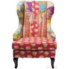 SESSEL PATCHWORK 429,- Trendiger Ohrensessel im bunten Patchwork-Style. Der Sessel hat ein Gestell aus Birke, eine PU-Schaum-Polsterung und ist mit Baumwolle bezogen.