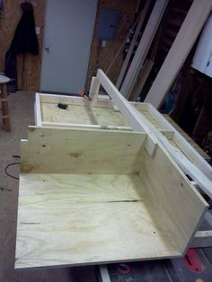 Do-It-Yourself Bed With Drawers | Your Projects@OBN