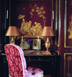A small writing table fits into an alcove in the red-lacquered panelling of the Chinese boudoir. - Alidad in Paris Interior Styling, Interior Decorating, Interior Ideas, Chateau Hotel, Interior Design Gallery, Chinoiserie Wallpaper, Asian Decor, Beautiful Interiors, French Interiors