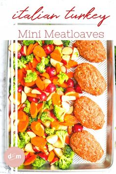Looking for a quicker way to make meatloaf? This healthier Italian meatloaf recipe is made with ground turkey, topped with marinara sauce and stuffed with mozzarella cheese! Baked with potatoes and vegetables this easy mini turkey meatloaf makes a great meal prep option, too! || Delightful E Made