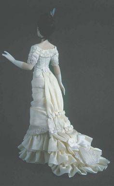 Back of Tatiana Doll    Carabosse dolls, autora María José Santos