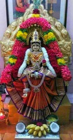 Festival Decorations, Balloon Decorations, Flower Decorations, Flower Garland Wedding, Flower Garlands, Krishna Statue, Artist Wall, Pooja Room Design, Radha Krishna Wallpaper