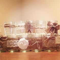 decorative mason jars - add candles or soaps Hobbies And Crafts, Easy Crafts, Diy And Crafts, Crafts For Kids, Rustic Wedding, Wedding Jars, Wedding Ideas, Diy Wedding, Wedding Stuff