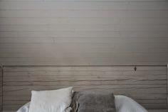 P ö m p e l i: Ullakkohuoneen master bedroom pompeli.blogspot.com  attic bedroom