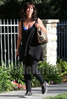 Jennifer Love Hewitt Carrying Valentino Nuage Bag    Actress Jennifer Love Hewitt was spotted outside her home in Los Angeles carrying a Valentino Nuage Lace & Straw Top Handle Bag that has a straw exterior decorated with black floral lace, patent leather top handles, and a large patent leather bow. She was also wearing a pair of UES Barow Low-top Sneakers.    *courtesy of www.facebook.com/DelortaeAgency UK's principal luxury authentic handbag SPA