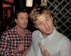 Brett and Dean O'Gorman...  It wasn't hard to tell that Brett is related to Dean I mean look at their nose, eyes and facial structure... ❤️