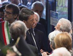 https://flic.kr/p/rYwwDE | Renzi al Sacrario dei caduti di Marzabotto | Il Presidente del Consiglio Matteo Renzi ha visitato il Sacrario dei caduti di Marzabotto (Bologna).