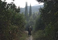 Γέροντος Ιωσήφ Βατοπαιδινού: Η αγάπη προς την σύζυγο είναι ως προς τον άνδρα και δικαιοσύνη. | Country Roads, Faith, Mountains, Nature, Travel, Facebook, Youtube, Naturaleza, Viajes