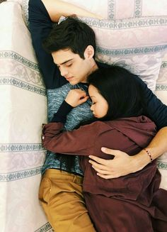 Netflix's 'To All The Boys I've Loved Before' has become a rom-com classic. Here are all the reasons why we (plus everyone and their moms) are obsessed with this coming of age film. Ps I Love, I Still Love You, Cute Love, Movies For Boys, Good Movies, Cute Relationship Goals, Cute Relationships, Boys Lindos, Jean Peters