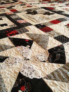 Red Black and White Dream Quilt by BeeBeeQuilts on Etsy, $900.00