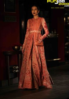 India's fashion royalty, Sabyasachi and Tarun Tahiliani, among celebrated designers participating in Aashni + Co Wedding Show in association with Zouch & Lamare on 25th Jan 2015