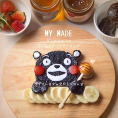 Breakfast never looked cuter! Character toast, pancakes, doughnuts, burgers and more! 4