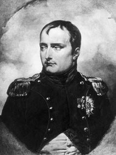 Napoléon Bonaparte. Il est  Conquérant. Il est un bon militaire Chef de file et le Première emporer de France