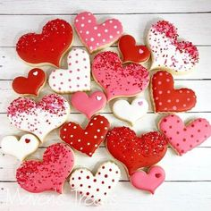 70 Valentines Day Cookies that'll make you the Star of the Show - Ethinify valentines day day day cards day crafts day food day ideas geschenk spruch Valentine's Day Sugar Cookies, Sugar Cookie Royal Icing, Cocoa Cookies, Chocolate Sugar Cookies, Christmas Sugar Cookies, Fancy Cookies, Iced Cookies, Cut Out Cookies, Cute Cookies