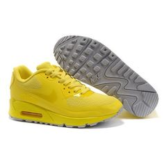 Women Nike Shoes Women Nike Air Max 90 Hyperfuse High Voltage [Women Nike Air Max 90 Hyperfuse - Featuring simplicity and modern design, the Women Nike Air Max 90 Hyperfuse High Voltage shoes do look quite fascinating. Cheap Nike Air Max, Nike Air Max For Women, Mens Nike Air, Nike Women, Basket Nike Pas Cher, Nike Air Max Blanche, Air Max 90 Hyperfuse, Duck Shoes, Nike Free Flyknit