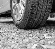 Vodič Fordu pri cúvaní zrazil dvojročné dievčatko, neprežilo - Spišiakoviny.eu Volkswagen, Monster Trucks, Vehicles, Car, Leather, Automobile, Autos, Cars, Vehicle