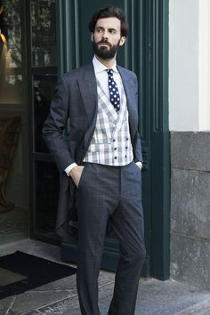 3 de nuestras direcciones preferidas para vestir al novio con estilo. 820b88983dc3
