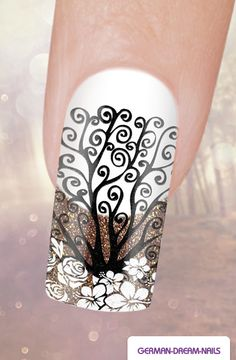 Step by Step: Autumn Nails…