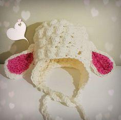 Шапочка с ушками овечки за последнее время стала очень популярна среди круга Мимитой- рукодельниц! Попробуйте и вы связать эту чудесную...