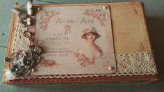 Joyero romàntico utilizando una vieja caja de puros.