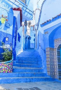 Chefchaouen, Morocco Cool Places To Visit, Places To Travel, Travel Destinations, Places To Go, Blue City Morocco, Places Around The World, Around The Worlds, Morocco Chefchaouen, Rivers And Roads