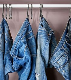 Grab your favourite denim in a flash by hanging your treasured collection on practical GRUNDTAL S-hooks.