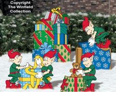 Christmas Elves Wrapping Presents Gifts for Santa Wood Yard Art, Santa's Helpers, Christmas Elf Outdoor Wood Yard Art, Lawn Decoration