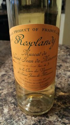 Muscat de France, sweet desert wine to be served with bittersweet deserts such as cheese.