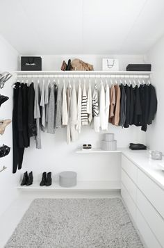 Create a Minimal Home For Women. Download Our Guide. https://www.lifestylebyps.com/products/create-a-beautiful-minimal-wardrobe-for-women
