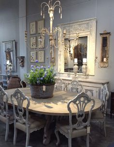 Portobello Design: Joyce Horn Antiques and Betty Lou Phillips' New Book, The French Way with Design