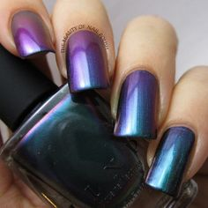 @ilnpbrand Hush in action! Detailed review is already on the blog! #ilnpbrand #ilnpswatch #nailpolish #nailaddict #nailjunkie #nailblogger #nailporn #nailgasm #nagellack #lakzanokte #lacquer #nailsawesome #holographic #multichrome #flakies #NailsOfInstagr