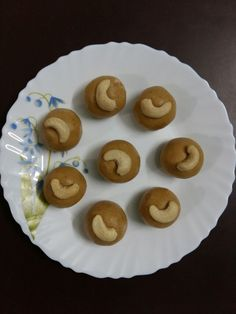 Peanut Laddoo Recipe by Shiksha Swami Peanut Recipes, Cookie Recipes, Snack Recipes, Snacks, Laddoo Recipe, Indian Food Recipes, Indian Foods, Snap Food, Beautiful Desserts